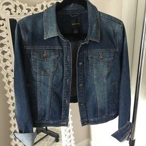 DKNY denim jacket • m •